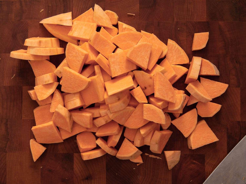 20201031-sweet-potato-apple-pie-vicky-wasik-14