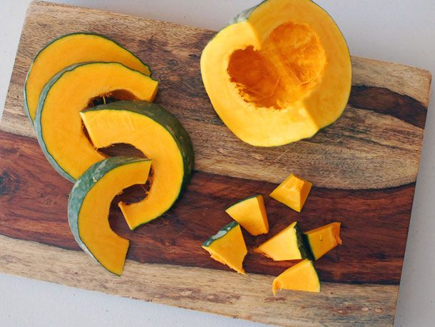 20131108-roasted-kabocha-with-soy-sauce-butter-and-shichimi-05.jpg