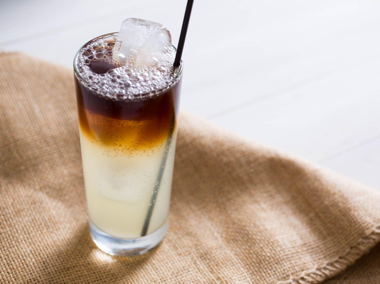 20150622-3-ingredient-cocktail-dark-stormy-vicky-wasik