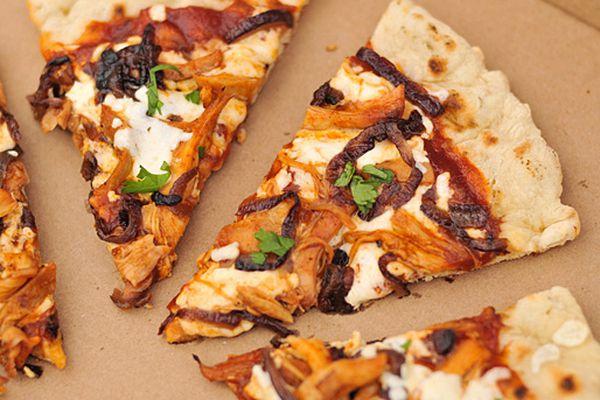 20120821-219594-bbq-chicken-pizza.jpg
