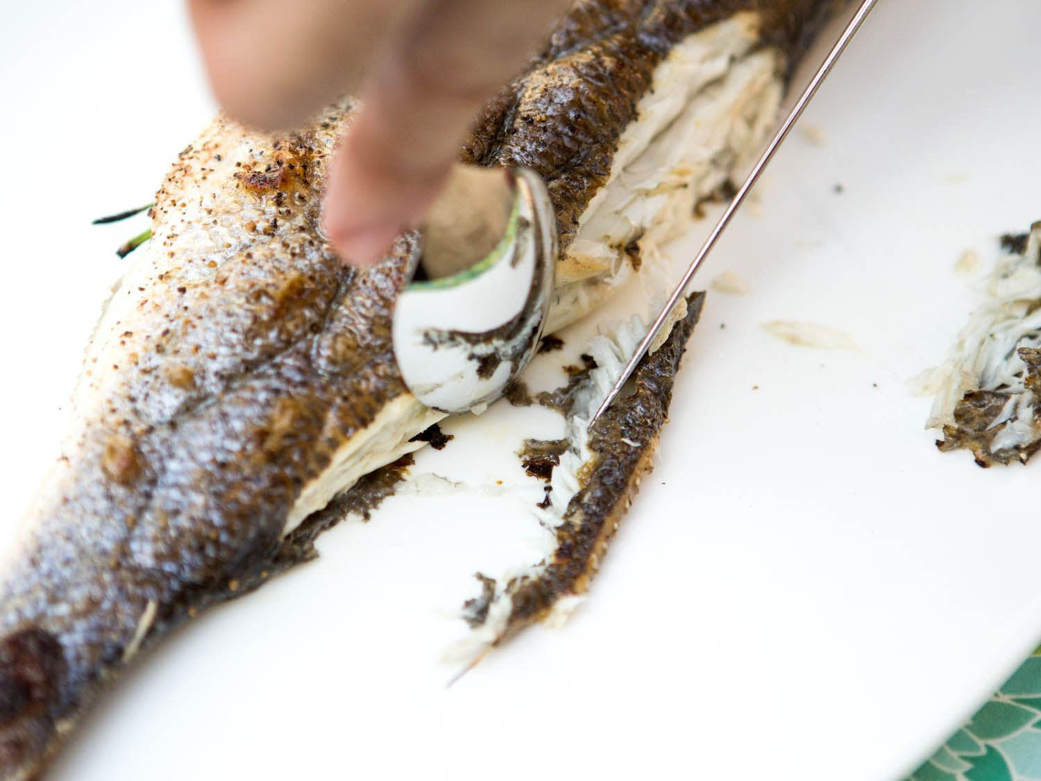 20140708-how-to-serve-whole-fish-vicky-wasik-3.jpg