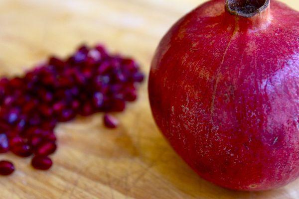20110105-Pomegranate-primary.jpg