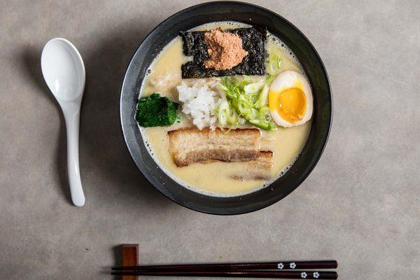 20181113-homemade-ramen-dark-broth-miso-tori-paitan-vicky-wasik-21