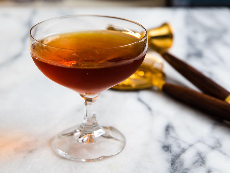 20160512-brooklyn-bartender-cocktails-vicky-wasik-100-year-old-cigar.jpg