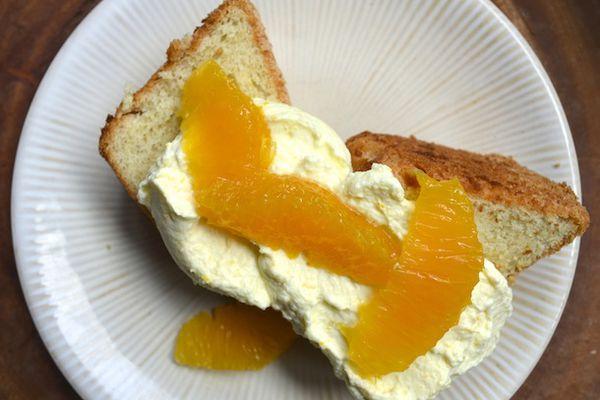 20130622-256194-sunday-brunch-mimosa-cake.JPG