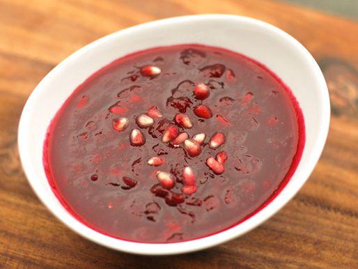 20121030-228222-cranberry-pomegrante-sauce.jpg