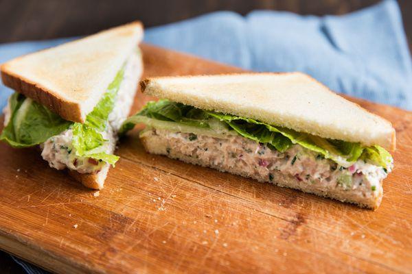 20160614-tuna-salad-sandwich-vicky-wasik-8.jpg