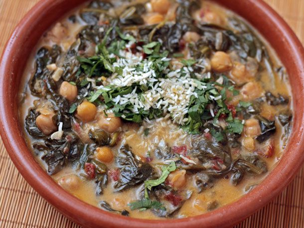 20120126-dt-braised-coconut-spinach-and-chickpeas-with-lemon.jpg