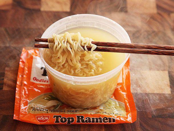 20130917-chicken-instant-ramen-taste-test-7.jpg