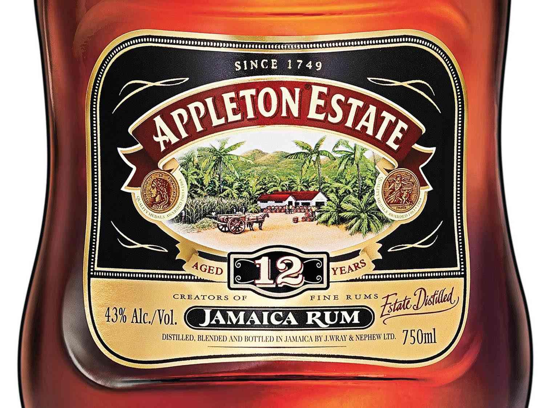 20150220-sipping-rums-emma-janzen-6.jpg