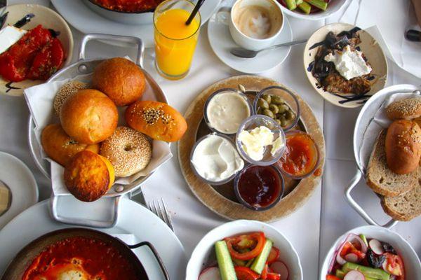 20120718-breakfast-israel.jpg