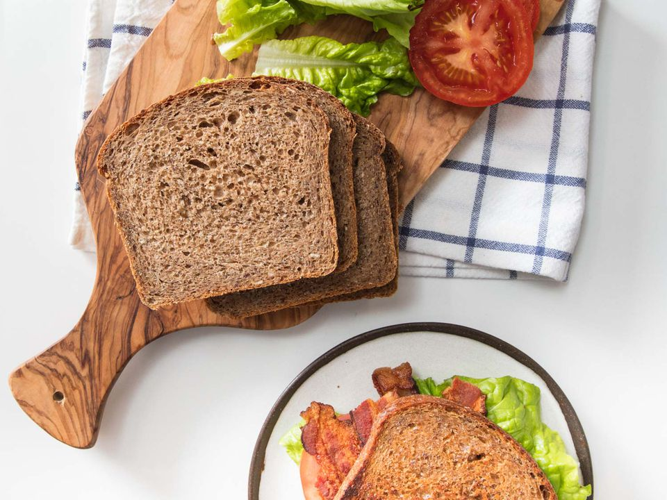 20181220-wheat-bread-loaf-vicky-wasik-38