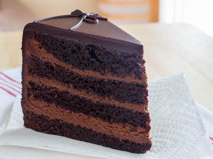 20130529-254047-dark-knight-cake.jpg
