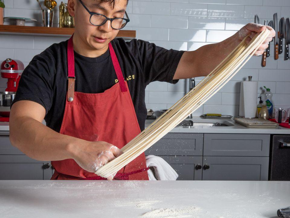 20200306-lamian-noodles-vicky-wasik-26