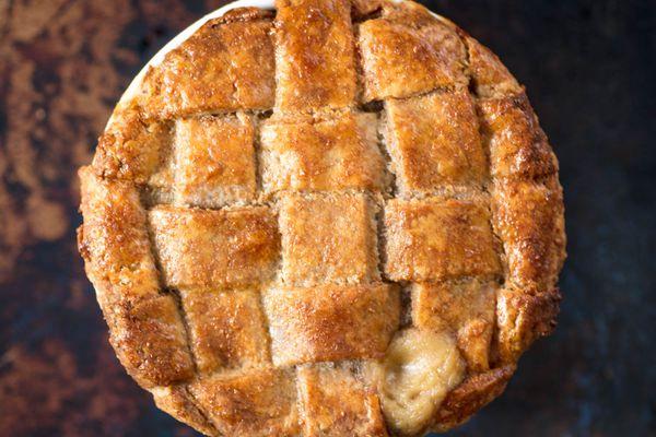 20170729-whole-wheat-pie-crust-vicky-wasik-16.jpg