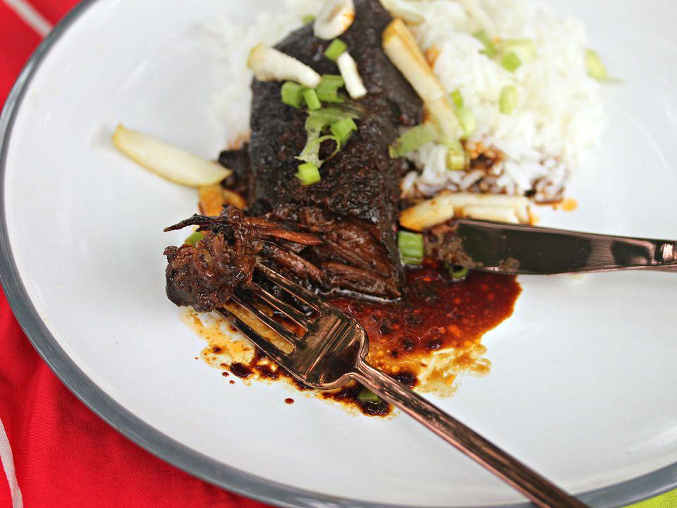 20140703-Sunday-Supper-Korean-Short-Ribs-Jennifer-Olvera-lo-res.jpg